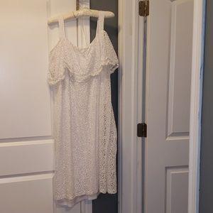 white dress 3x